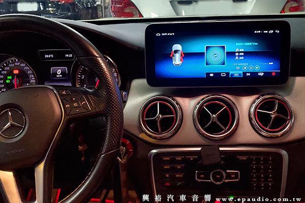 【BENZ 賓士】2013年GLA200   改 10.25吋專用安卓機   把手型倒車鏡頭