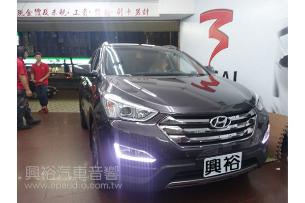 【Hyundai 現代】IX45 安裝數位電視 | 介面 | 頭枕螢幕