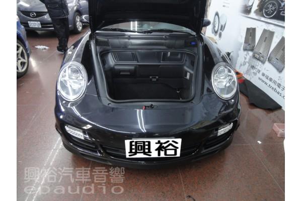 【Porsche 保時捷】911 安裝 導航更新|倒車鏡頭