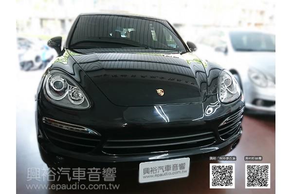 【Porsche 保時捷】2011年 Cayenne 安裝數位 倒車鏡頭